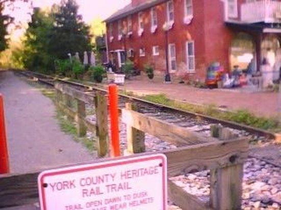 إقامة وإفطار بفندق جاكسون هاوس: historic rail trail and tracks