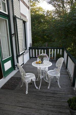 Villa de Wael: Terrasse de la chambre Clémentine