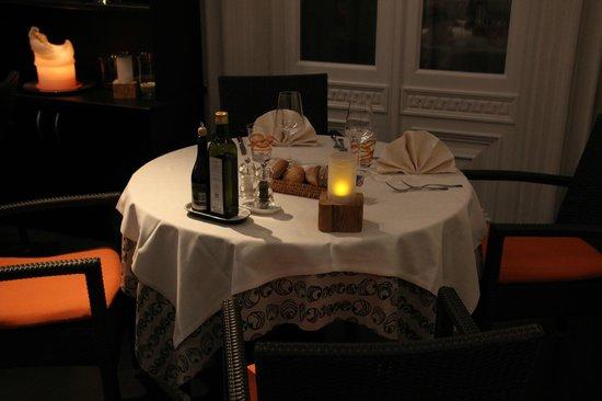 Saxifraga Kurhaus: Eingedeckter Tisch