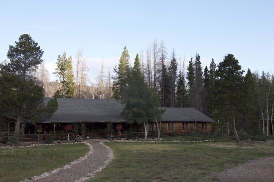 Rawah Ranch: Home cabin