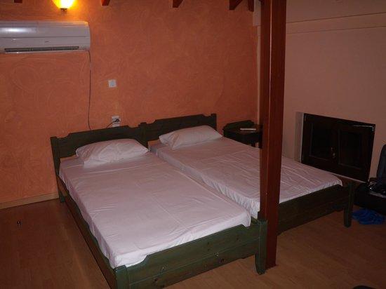 Hotel Morfeas : camera