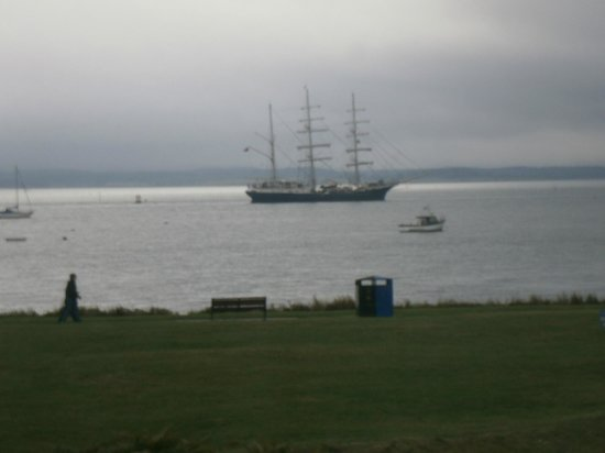Quay Holidays : view from bedroom window