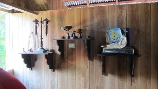 Island House Museum : Antigos objetos da ilha