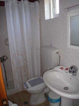 Petritos Hotel: bagno