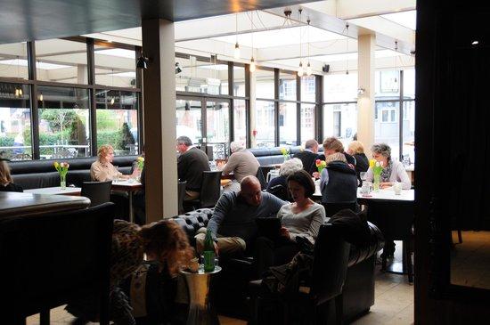 Riverside Restaurant: View2