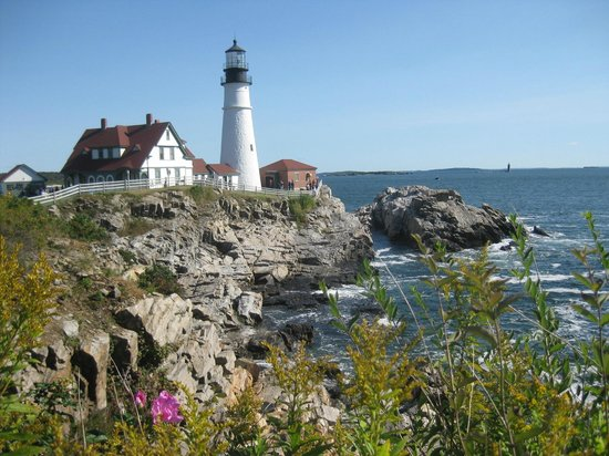 The Scenic Route Maine Tours: Portland Head Lighthouse