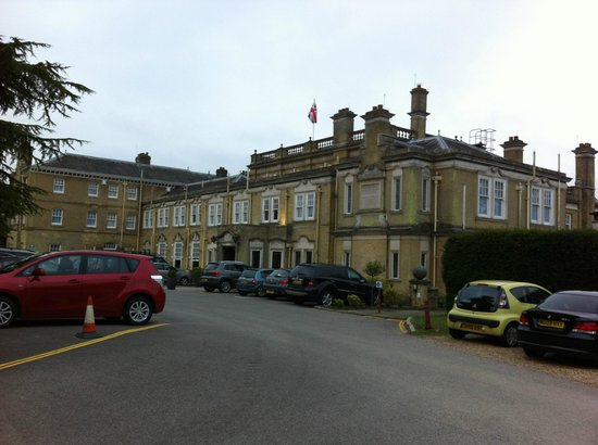 Best Western Chilworth Manor Hotel: Overview of the Chilworth Manor (from the front car park)