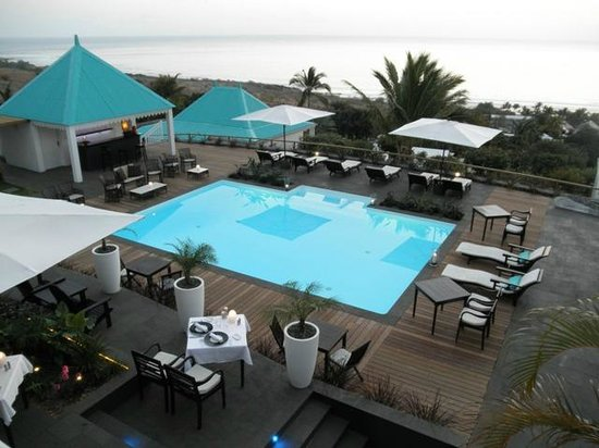 Blue Margouillat Seaview Hotel: Piscine vue depuis notre balcon