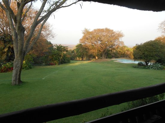 Kumbali Country Lodge: View of the grounds and pool from Main Lodge
