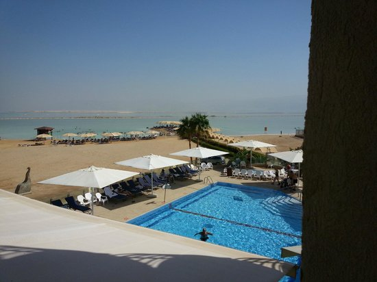 Hod Hamidbar Resort and Spa Hotel: Image from our hotel room of pool and Dead Sea