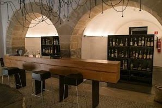 Son Brull Hotel & Spa: Tapas area/Bar