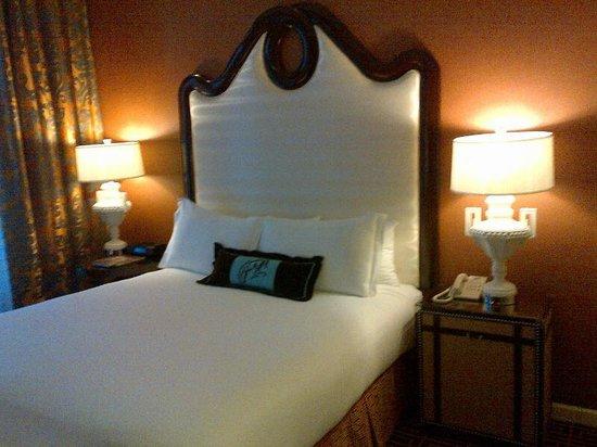 Hotel Monaco Denver - a Kimpton Hotel : Room