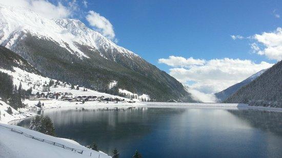 Vernagt am See: neve al lago