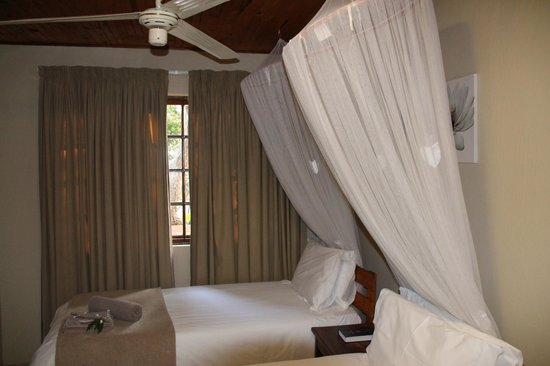 Ezulwini Game Lodge : Zimmer