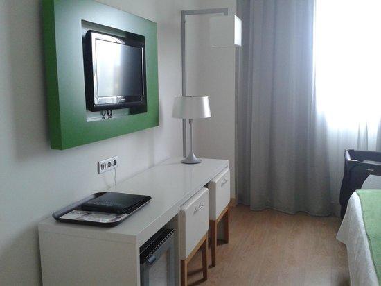 NH Campo Cartagena: Habitación