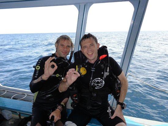 Lotus Diving: Yann Poire und ich auf dem Boot