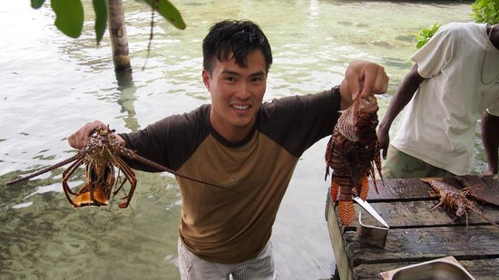 Thatch Caye Resort : nabbed a few lionfish and a lobster!