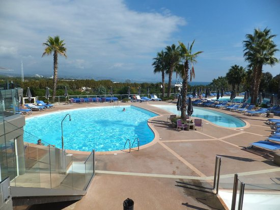Hotel Baie des Anges: Hotel Pools at Baie des Angeles in Antibes
