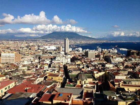 Hotel San Francesco al Monte: Vesuvius and city