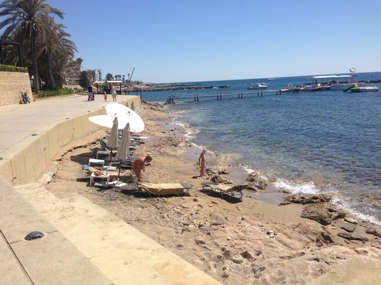 Almyra Hotel: Beach!
