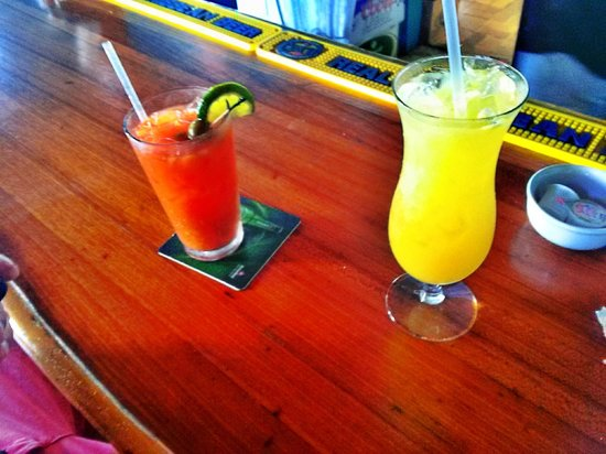 Pier 69 : bloody mary and mimosa