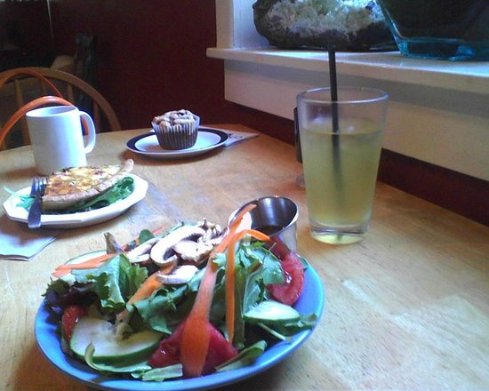 Higher Grounds: A GREAT place for BRUNCH!