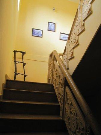 Hotel Pleasant Haveli: hotel: la scala interna