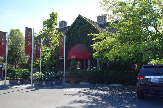 HALL St. Helena : Hall Winery