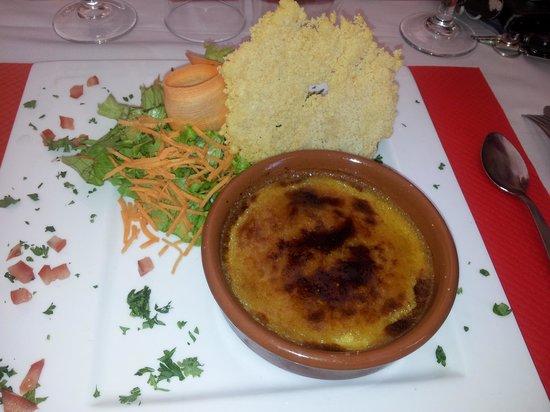 Hostellerie De La Source: Crème au foie gras avec tuile de parmessan