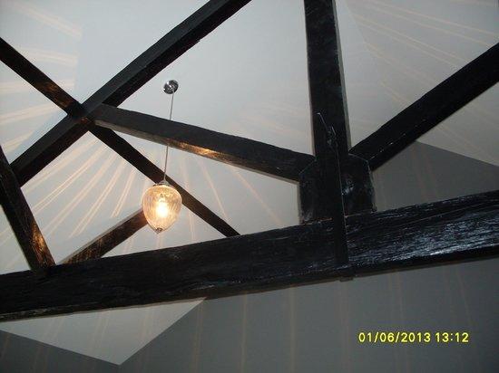 Poets House : Ceiling in bedroom