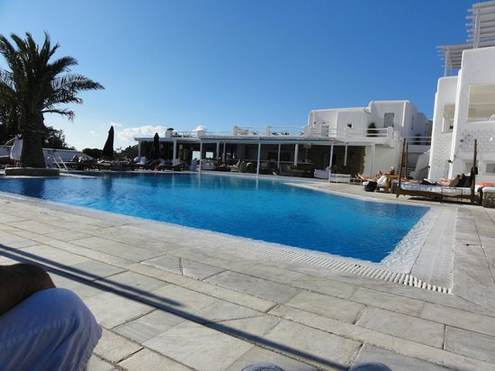 Andronikos Hotel: The pool
