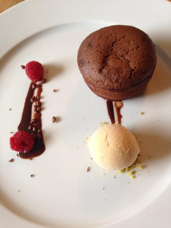 Stoke Mill Contemporary Fine Dining : Chocolate fondant with salted caramel ice cream