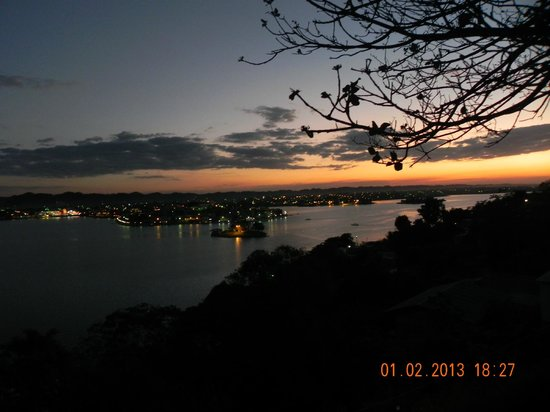 Chaltunha Hostel: View over Flores