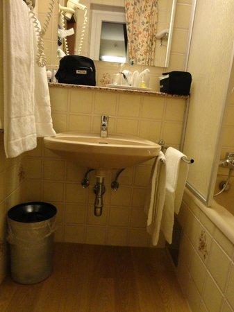 Hotel Reither: La stanza da bagno