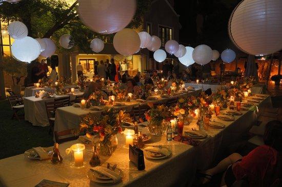 174 Premier Guest House: Dinner in the garden