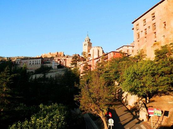 Meson Del Gallo: Вид с балкона на город