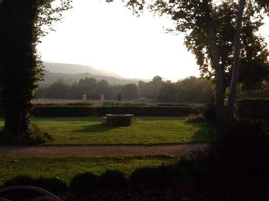 Domaine de Valbrillant : morning view
