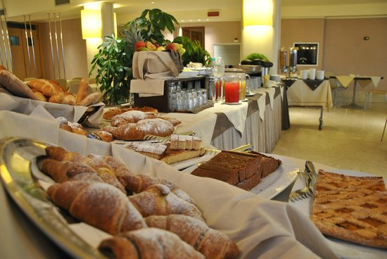 Grand Hotel Yachting Palace : Breakfast