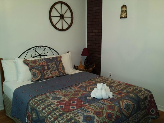 The Rex Motel: Rex Motel Room 9