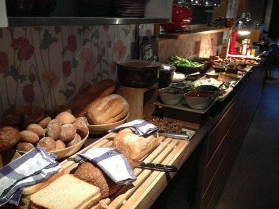 Icelandair Hotel Reykjavik Marina: Breakfast