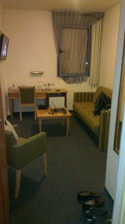 Nof Tavor Hotel: Wohnzimmer