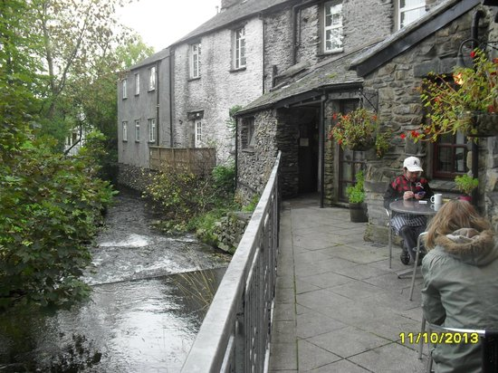 Watermill Inn & Brewing Co: Rear of Inn