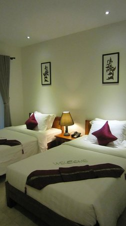 Apsara Centrepole Hotel: Ground Floor Twin Sharing