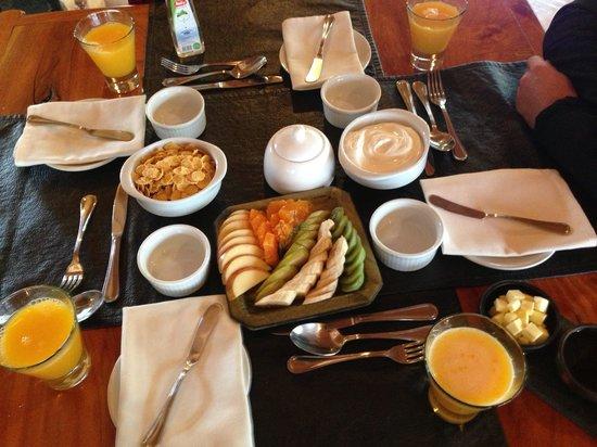Peumayen Lodge & Termas: Breakfast