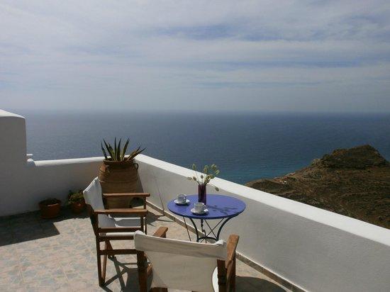 Anafi Greece Dream Studios: sea and sky together