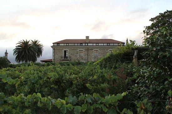 Pazo de Galegos: Vista desde los jardines