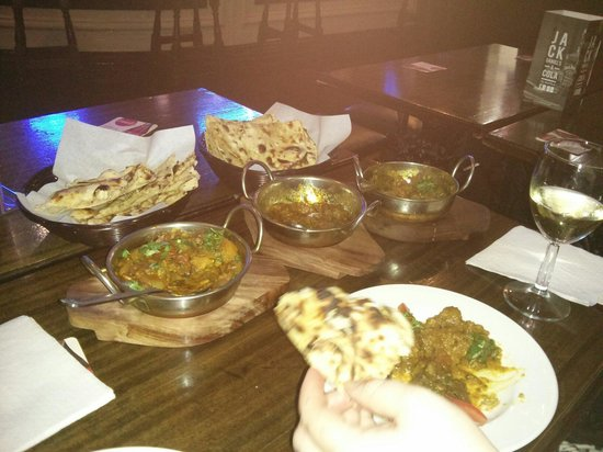 Hen and Chickens PH: Curry with roti and naan