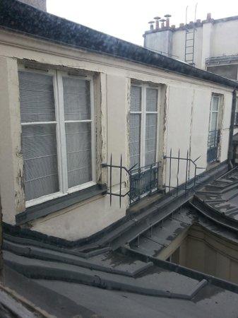 Hotel Mansart - Esprit de France : Idyllic view?