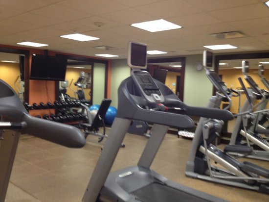 Holiday Inn Express Hotel & Suites Fort Worth Downtown : Fitness room
