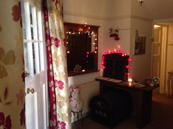 Sixteen Falmouth: Hallway